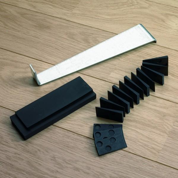 Набор для укладки напольного покрытия QUICK-STEP, фото, цена и характеристики плинтуса